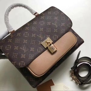 LOUIS VUITTON $499